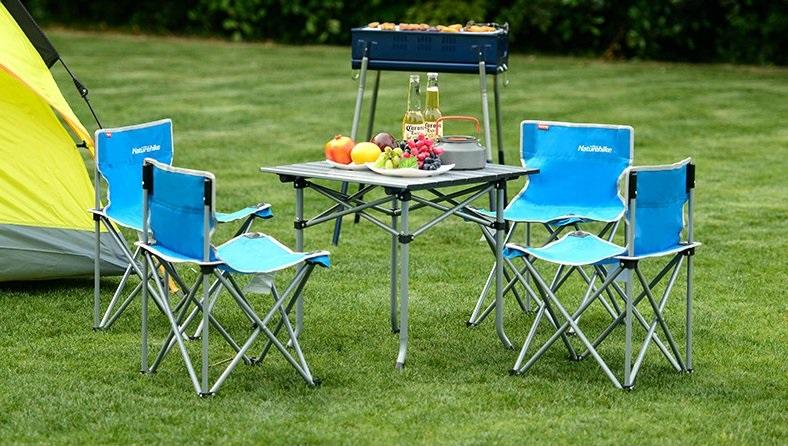 Bộ bàn ghế sử dụng đi cắm trại