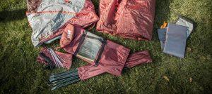 Kiểm tra các bộ phận của lều trại trước mỗi chuyến đi