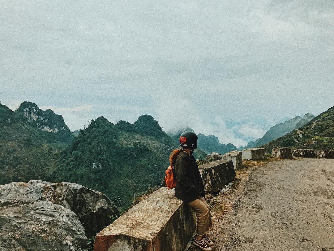 Trên một đoạn đường tại đèo Mã Pí Lèng Hà Giang