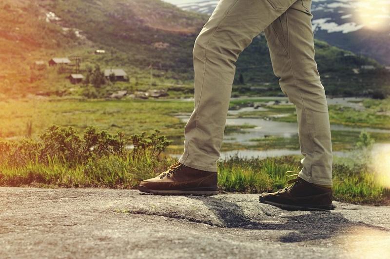Chuẩn bị một đôi giày êm ái để dễ dàng hơn khi di chuyển