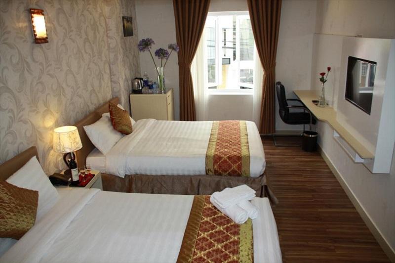 Không gian bên trong phòng ngủ khách sạn Aparang Đà Lạt