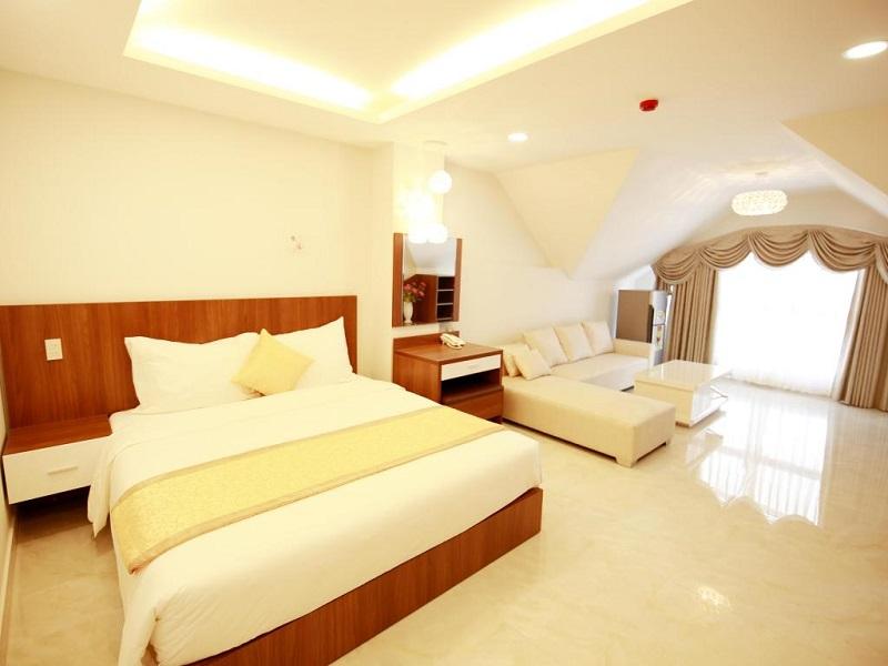 Không gian phòng ấm cúng của khách sạn Kim Hòa Đà Lạt