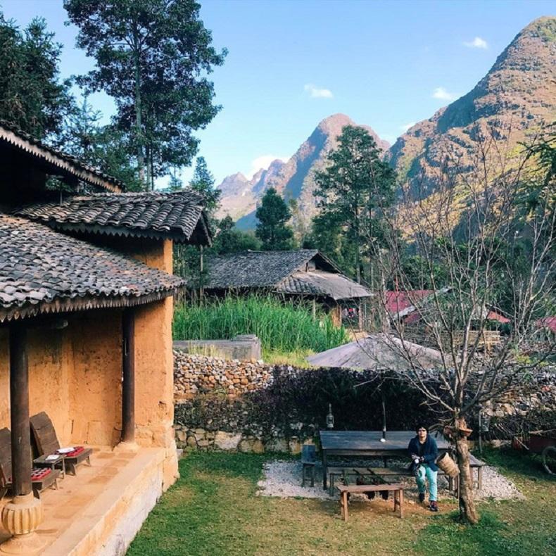 Ngôi nhà mang kiến trúc truyền thống tại làng du lịch thôn Nặm Đăm