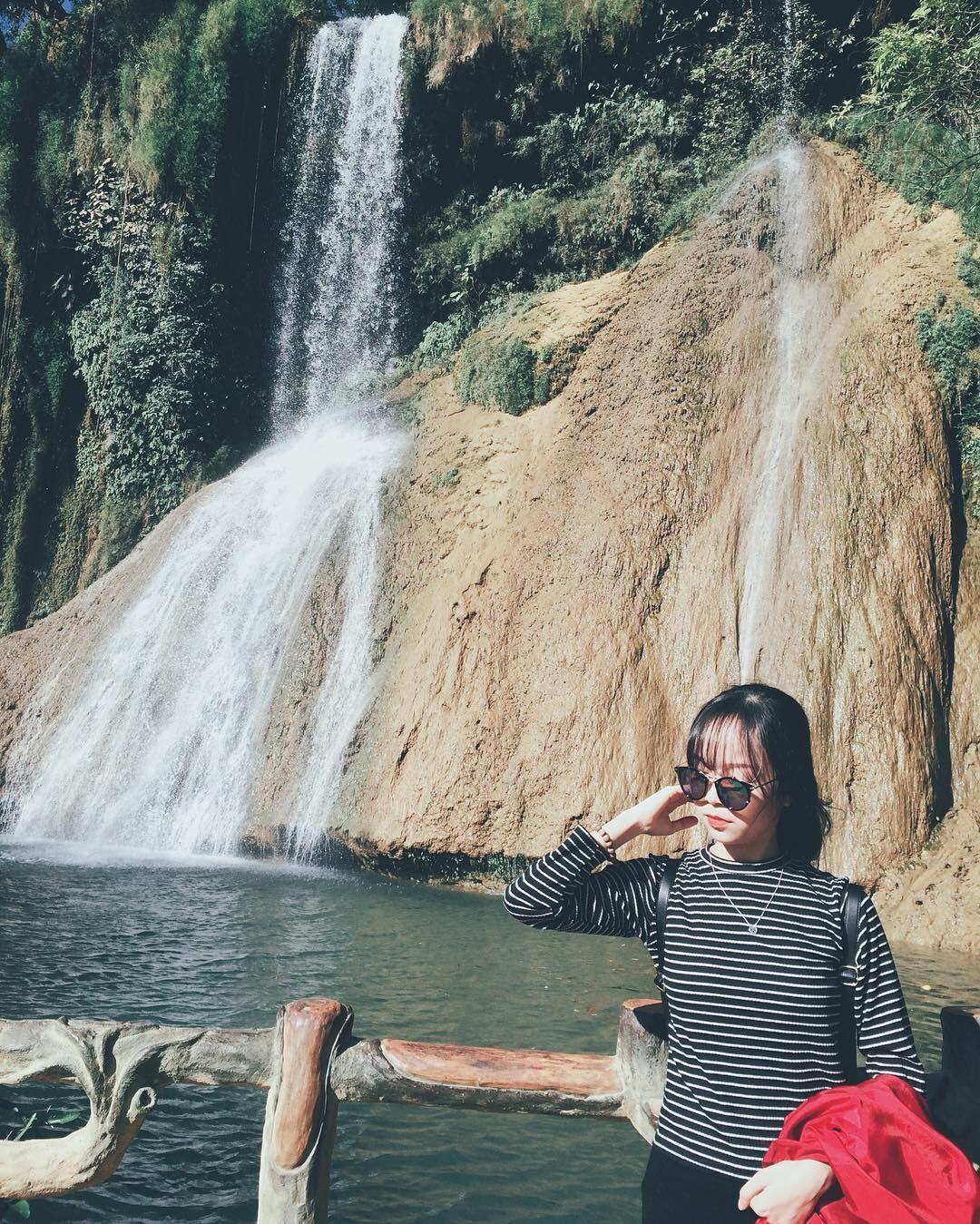 thác dải yếm