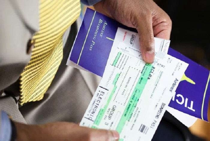 cách đổi vé máy bay khứ hồi