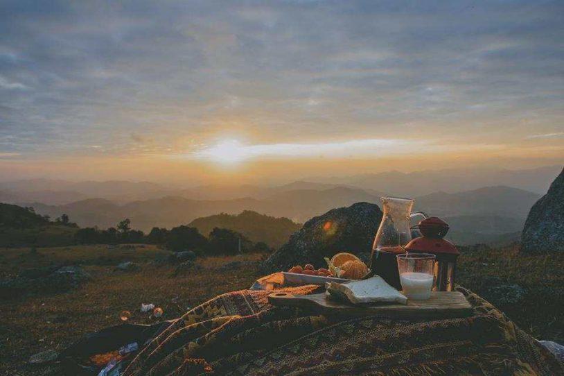 cắm trại tại cao nguyên Đồng Văn Hà Giang