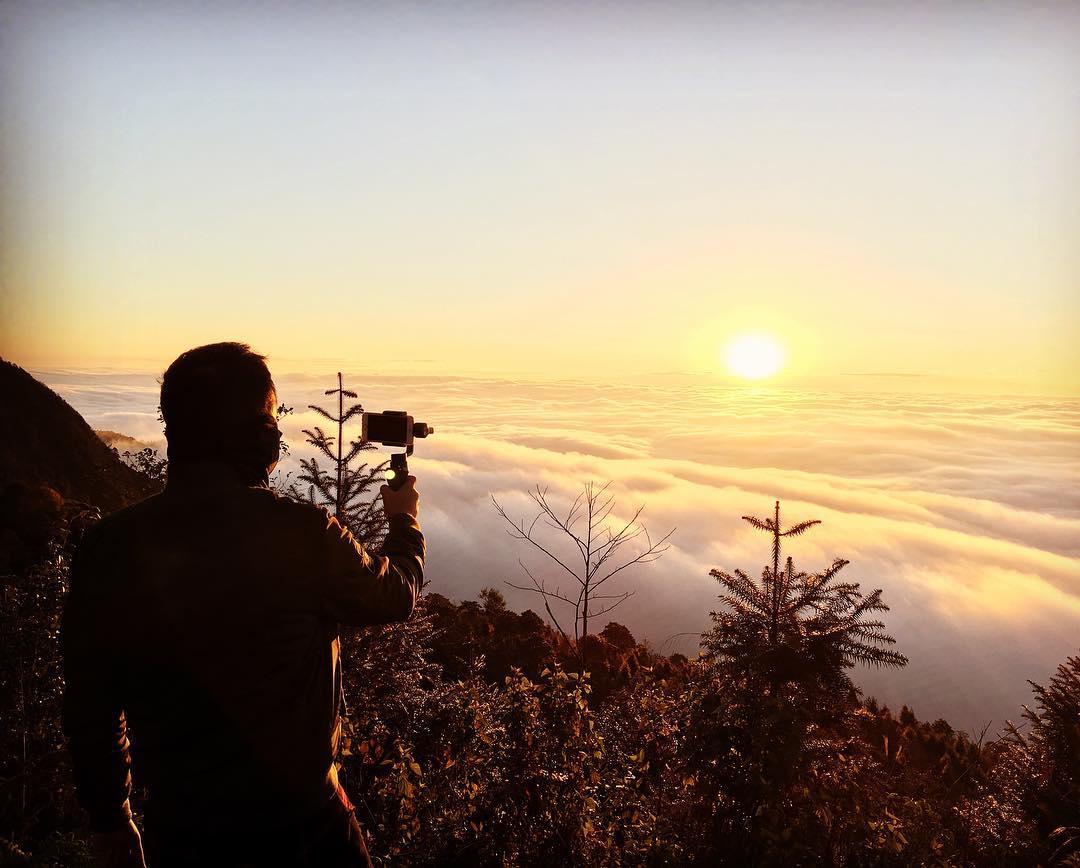 Săn biển mây ngàn tại Hà Giang vào sáng sớm