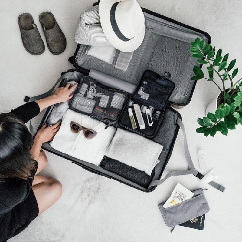 Học cách sắp xếp hành lý một cách ngăn nắp gọn gàng