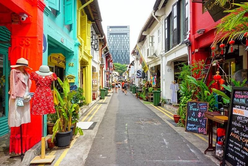 Con phố nhỏ Haji Lane với đôi bên nhà nhiều màu sắc