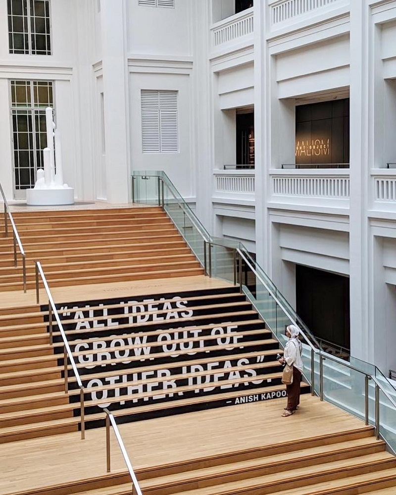 Không gian bên trong khu bảo tàng Singapore National Gallery
