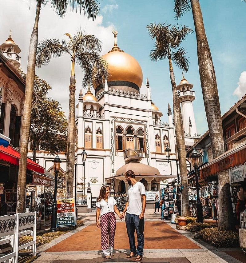 Kampong Glam có một dãy phố đi bộ Bugis Street