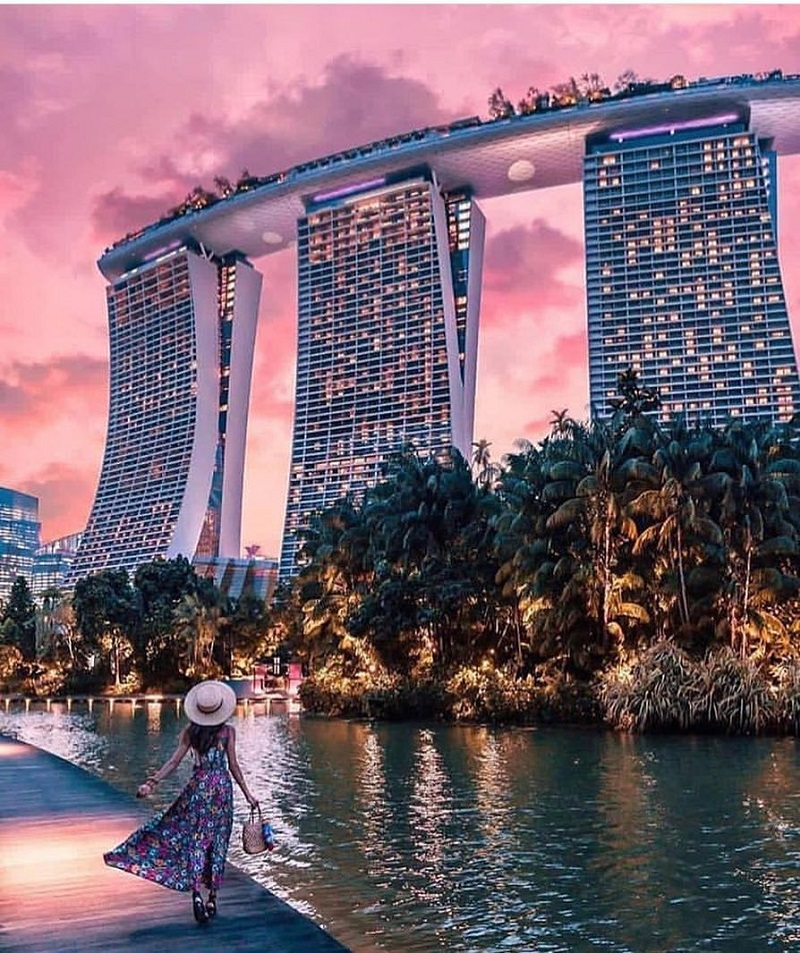 Marina Bay Sands với 3 toàn nhà cao kế bên nhau