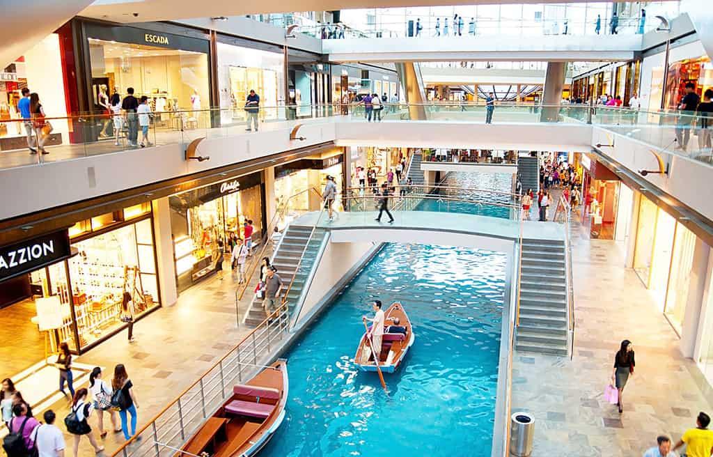 khu trung tâm mua sắm ở Singapore