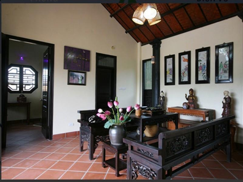 Không gian phòng Family resort Ba Vì mang nét cổ kính, xưa cũ