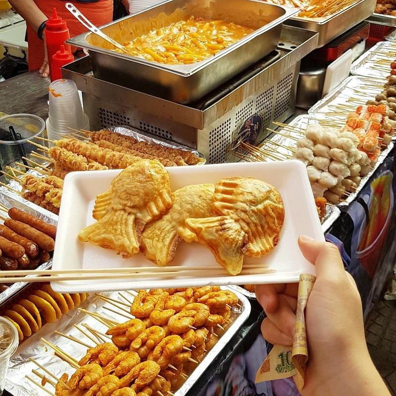 Các món ăn vặt đường phố có thể thưởng thức tại khu cắm trại
