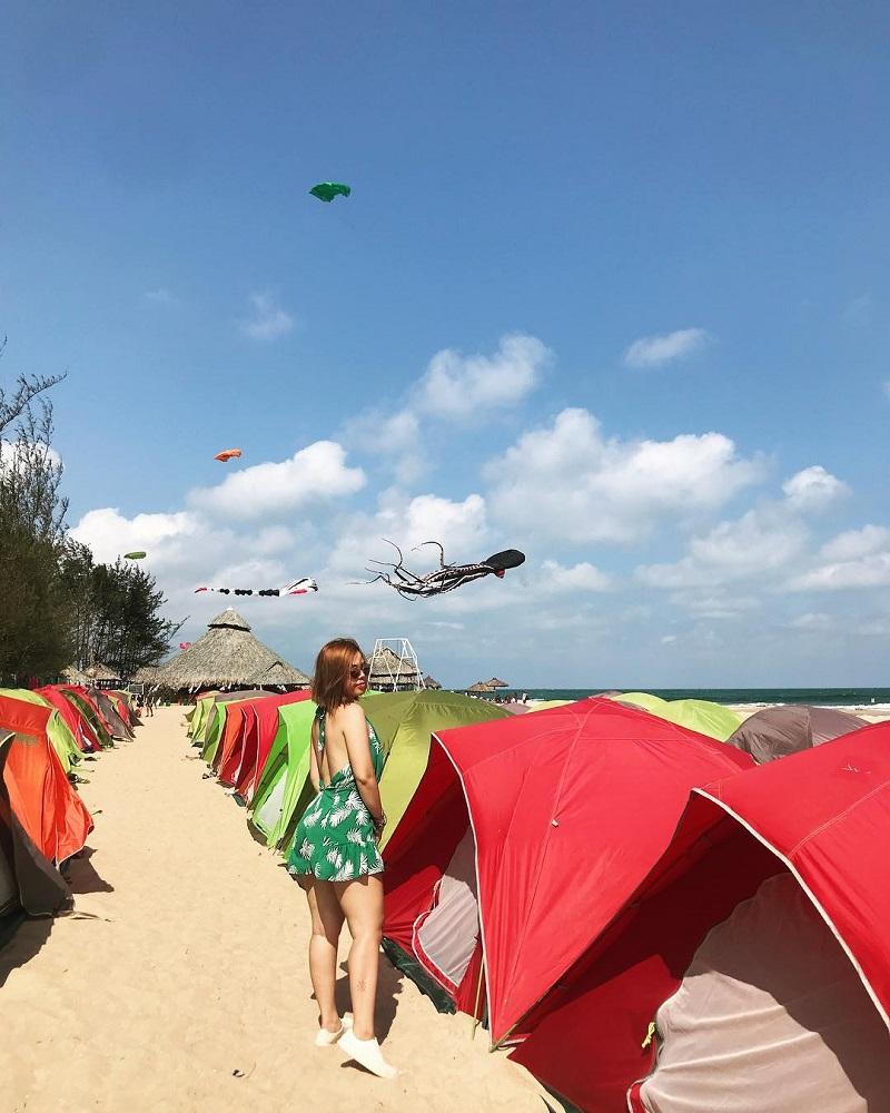 Khu lều cắm trại ở ven biển