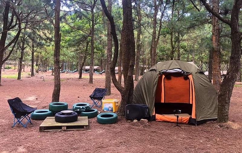 Lều cắm trại và các đồ dùng cần thiết