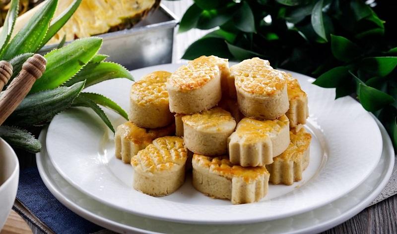 Bánh dứa với hình dáng độc đáo, hương thơm mùi dứa hòa quyện cùng với bột mì mềm ở bên ngoài