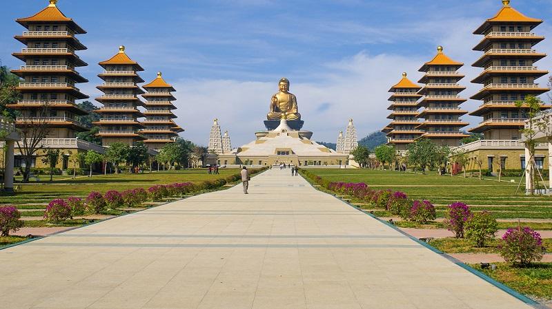 Phật Quang Sơn Tự nổi bật với bức tượng Phật khổng lồ