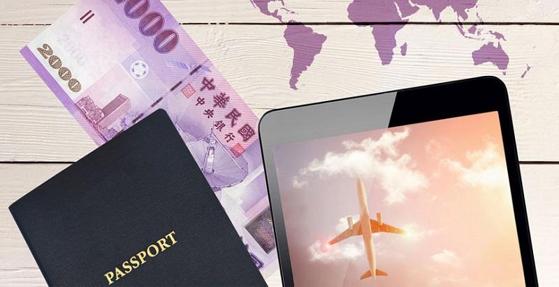Hộ chiếu, lệ phí và vé máy bay