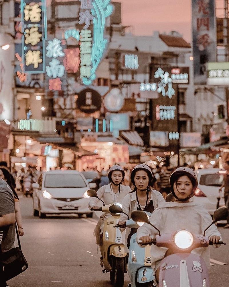 Bạn có thể lựa chọn di chuyển bằng xe máy điện khi đi du lịch ở Đài Loan