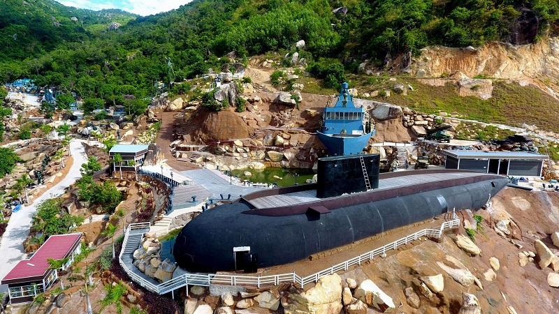 review khu du lịch tàu ngầm nha trang