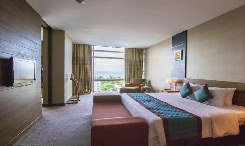 Không gian phòng ngủ ở khách sạn Petrosetco Vũng Tàu