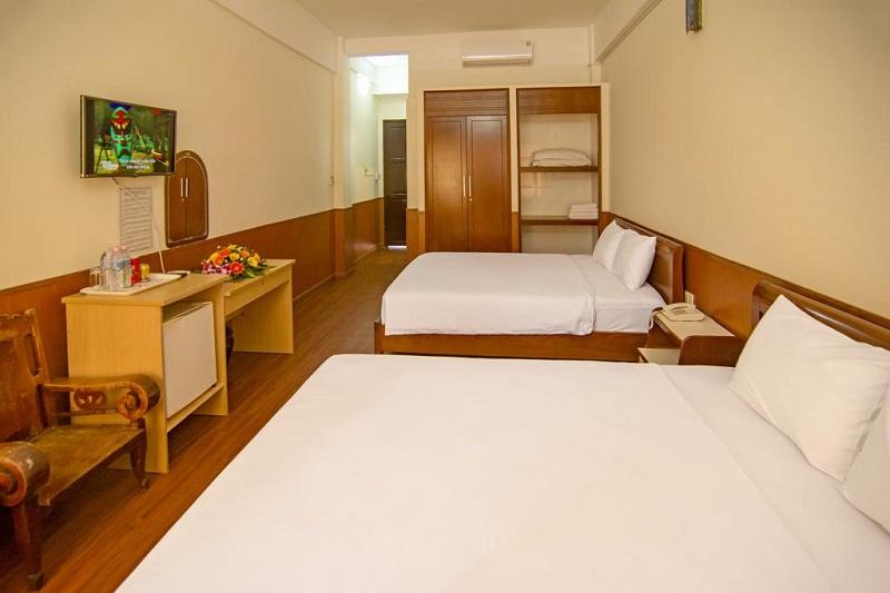 Không gian phòng ngủ bên trong Cao Su Hotel Vũng Tàu