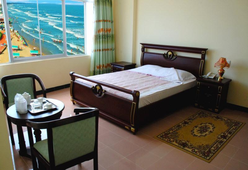Không gian phòng ngủ ở khách sạn Thùy Vân Vũng Tàu