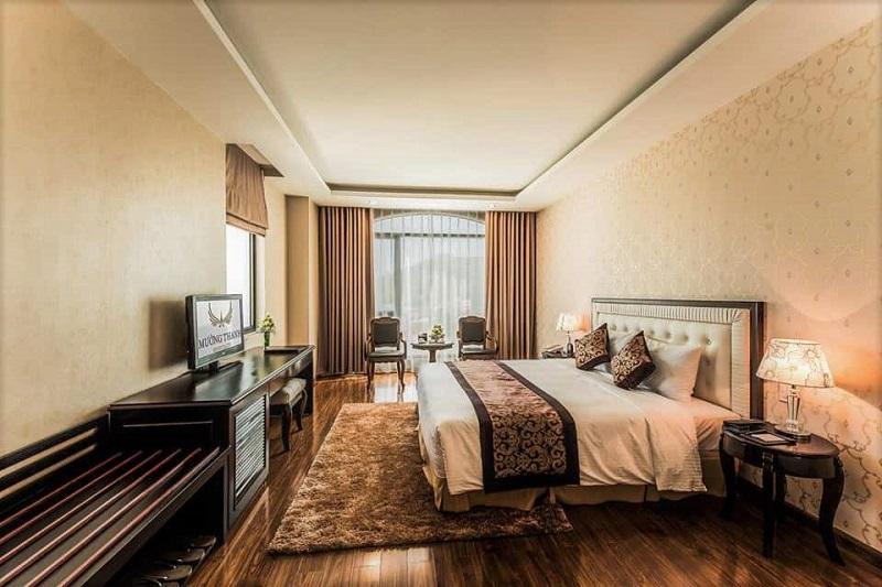 Không gian sang trọng bên trong phòng ngủ Mường Thanh Hotel