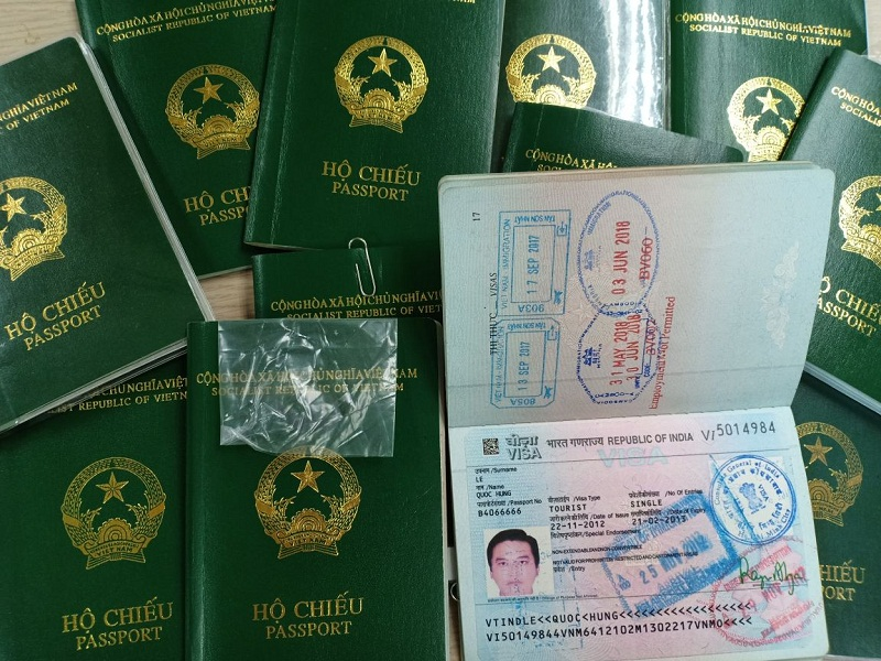 thủ tục làm lại hộ chiếu hết hạn