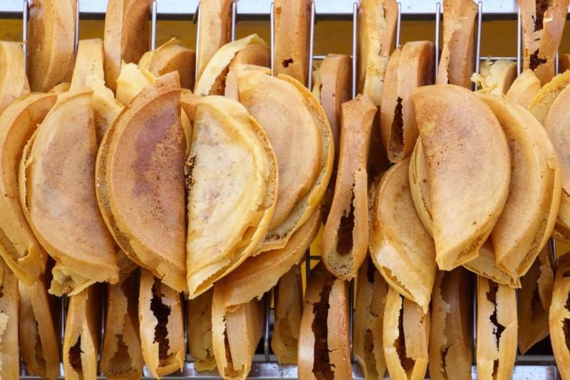 Apam Palik là loại bánh pancake bột gạo