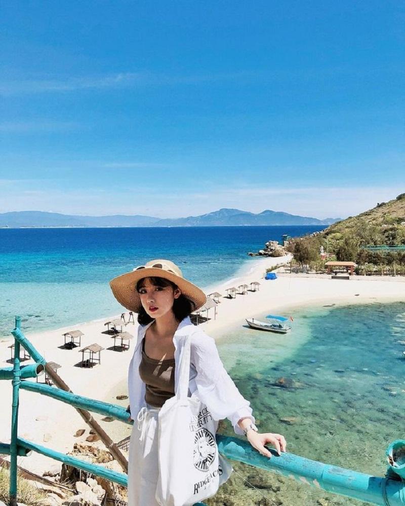 tour du lịch đảo yến nha trang