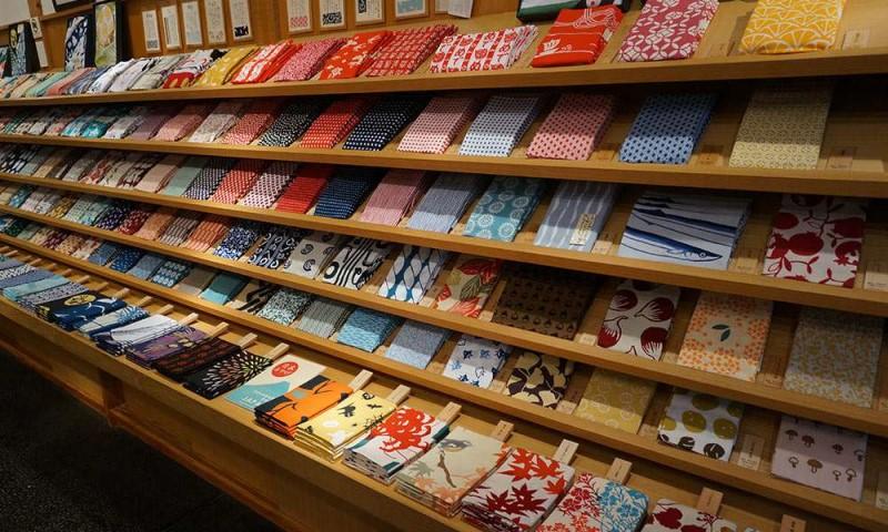 Các mẫu khăn tay Nhật Bản với nhiều hoa văn