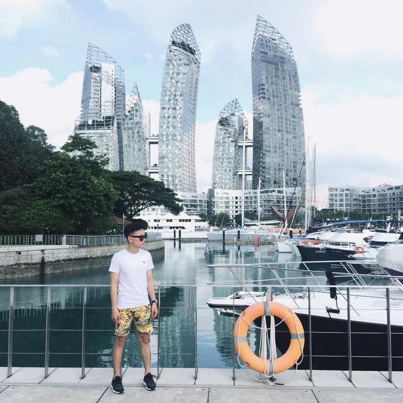 Bến thuyền bên những tòa cao ốc tại Malaysia