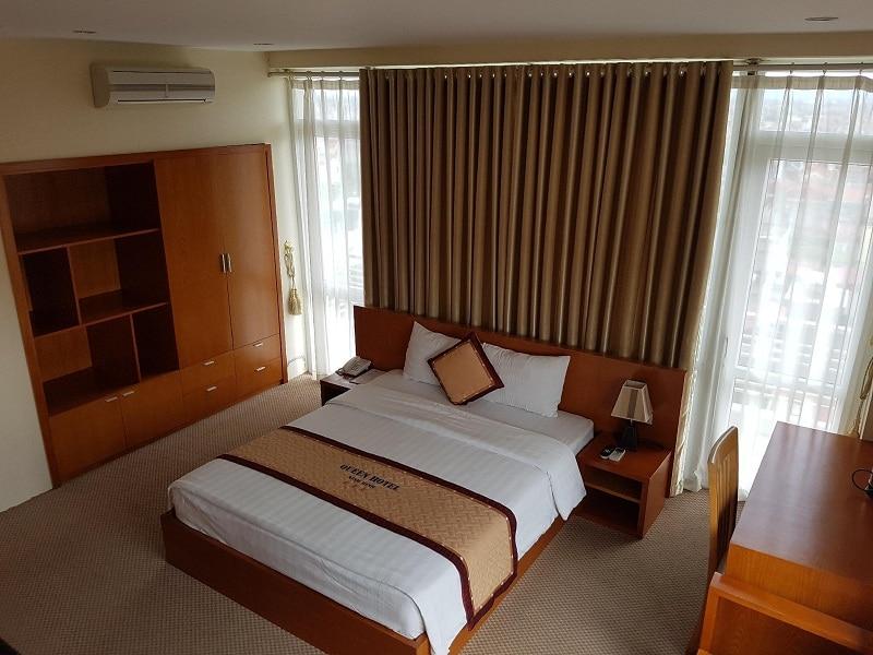 Không gian tại khách sạn Queen Hotel Ninh Bình