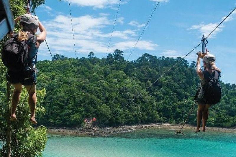 Đu dây tại vườn quốc gia Tunku Abdul Rahman