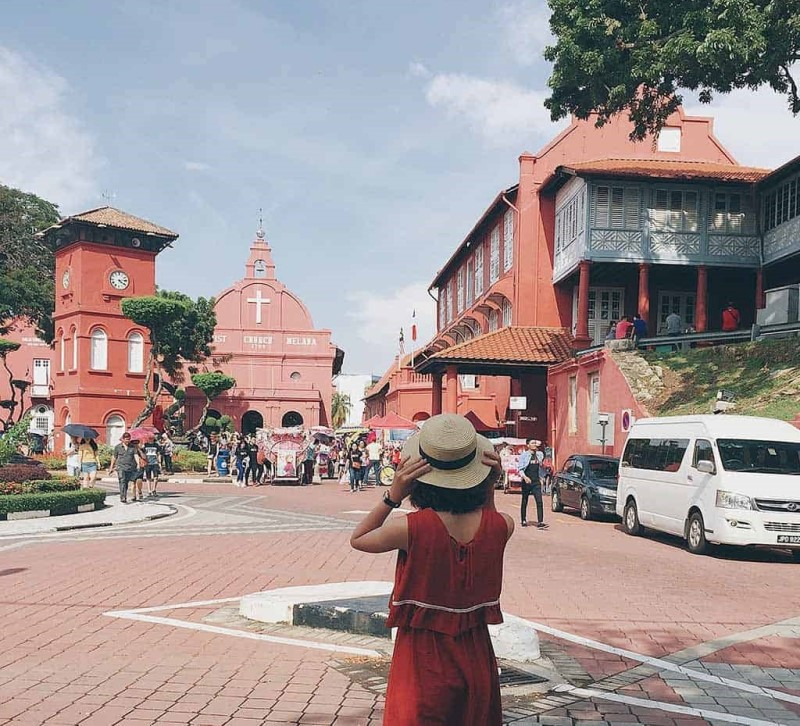 Khuôn viên bên ngoài bảo tàng Malaysia