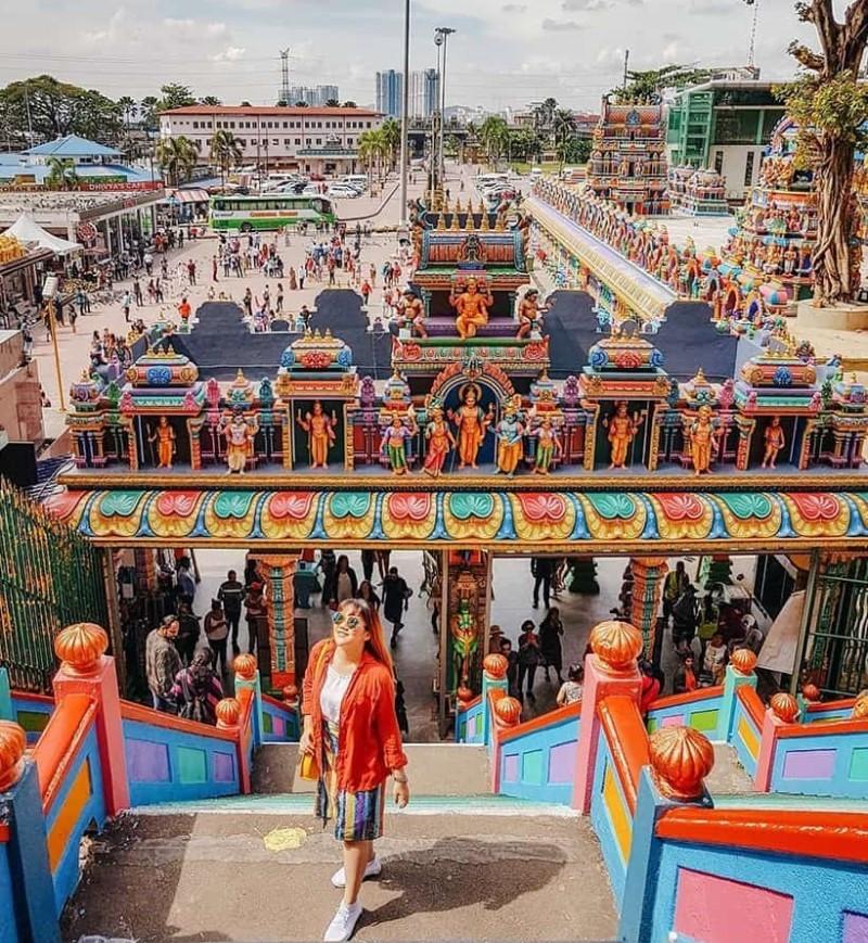 Khung cảnh chùa tại Malaysia