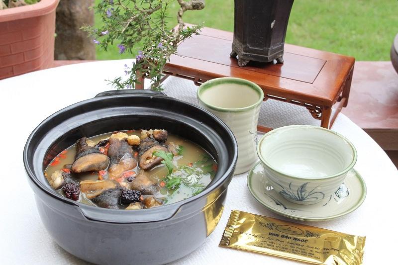 Món canh ốc núi tại nhà hàng Vạn Bảo Ngọc