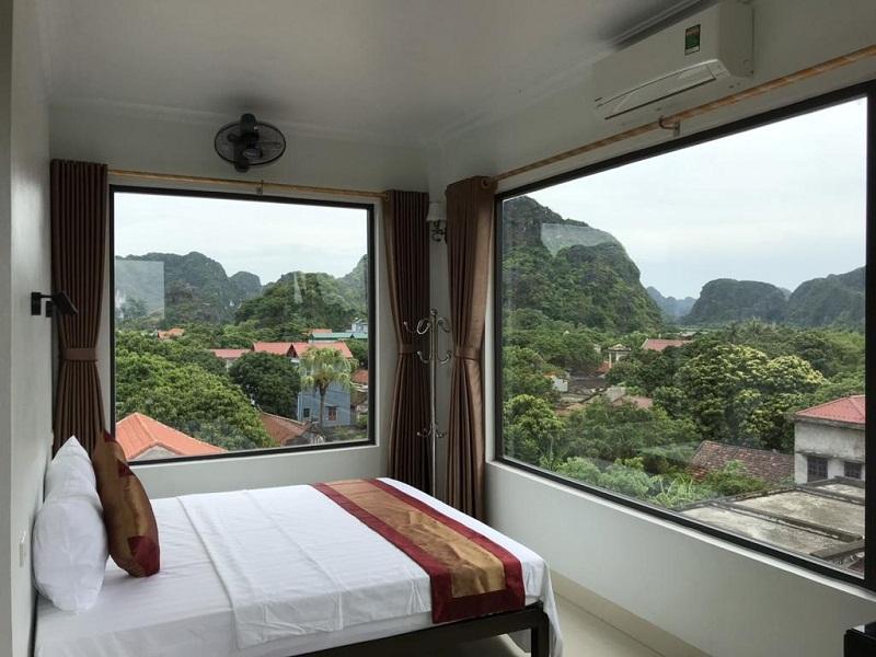 View núi ngập tràn tứ phía tại Ninh Bình Moutain View homestay