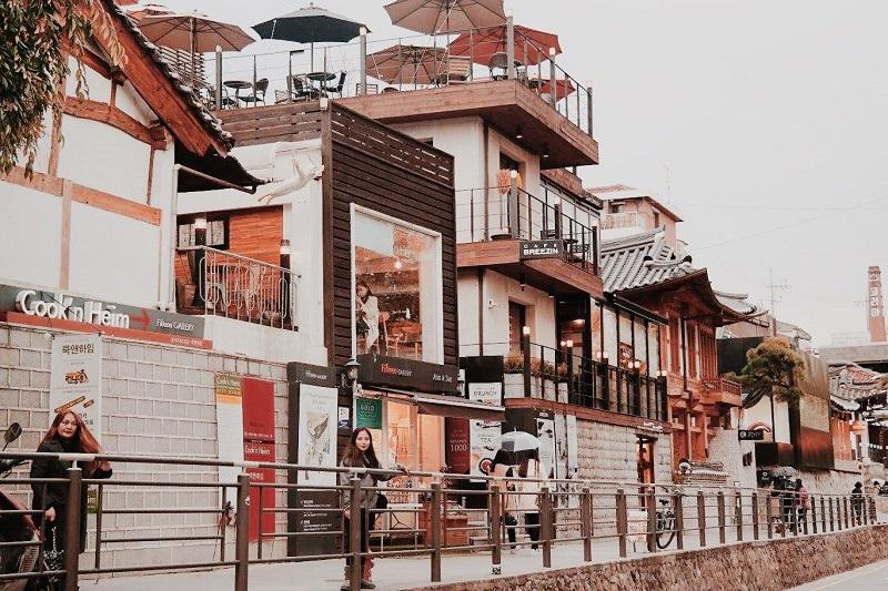 Khu phố trung tâm Samcheongdong