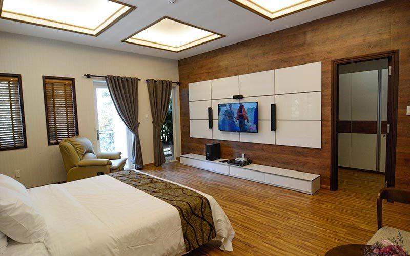 Không gian phòng biệt thự Lê Hoàng được thiết kế ấm cúng, gần gũi.