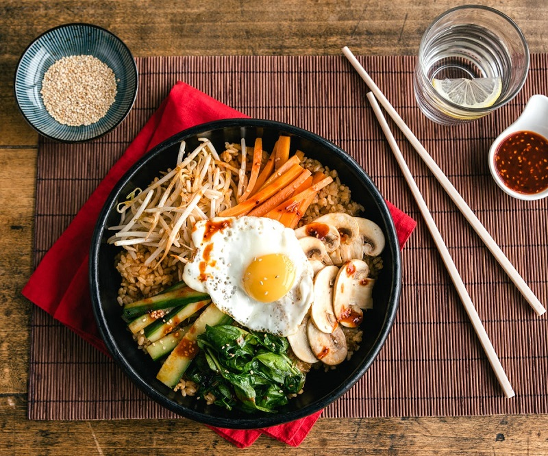 Món cơm trộn Hàn Quốc Bibimbap