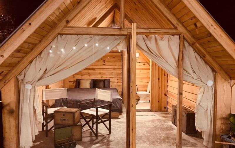 Những căn phòng hoàn toàn bằng gỗ ở Hungryfish House