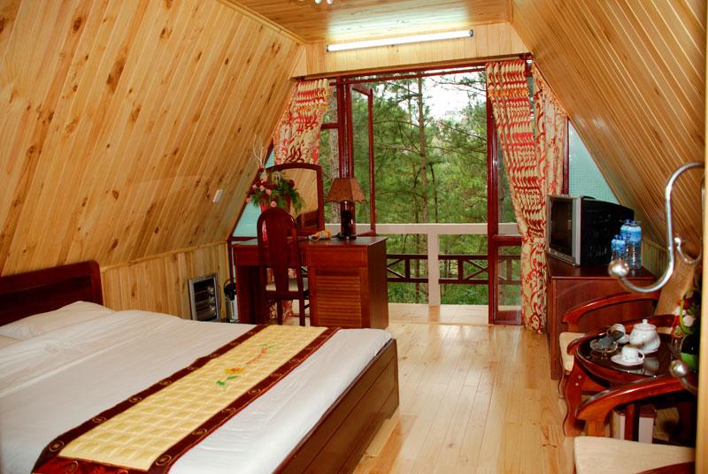 Không gian nhà nghỉ Minh Tâm theo kiến trúc Pháp thân thiện thiên nhiên