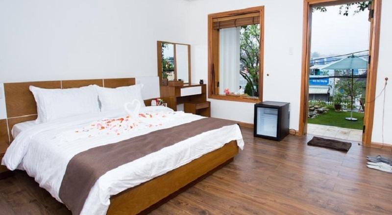 Phòng ở Vanda Villa theo hơi hướng hiện đại xen lẫn cổ điển, giúp du khách cảm thấy như ở nhà.