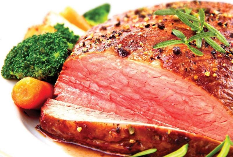 Thịt dê bên trong chín tới vô cùng hấp dẫn