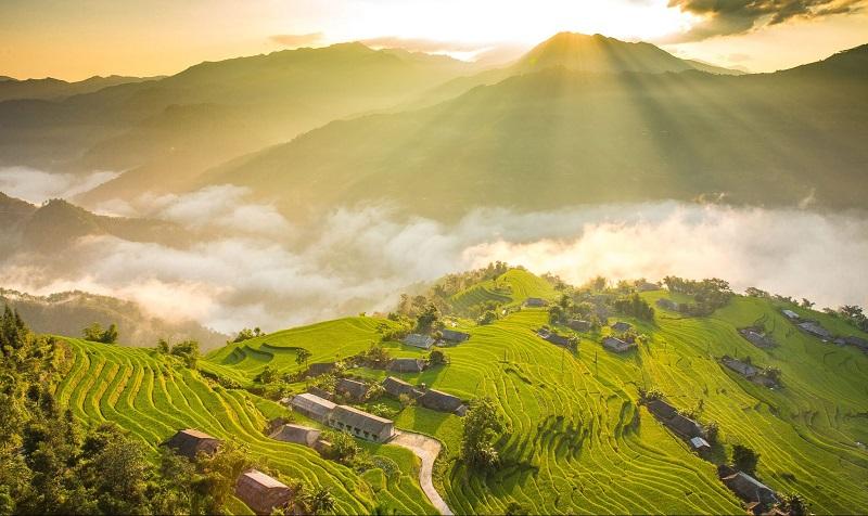 Ruộng bậc thang ở Hà Giang khi màn sương sớm