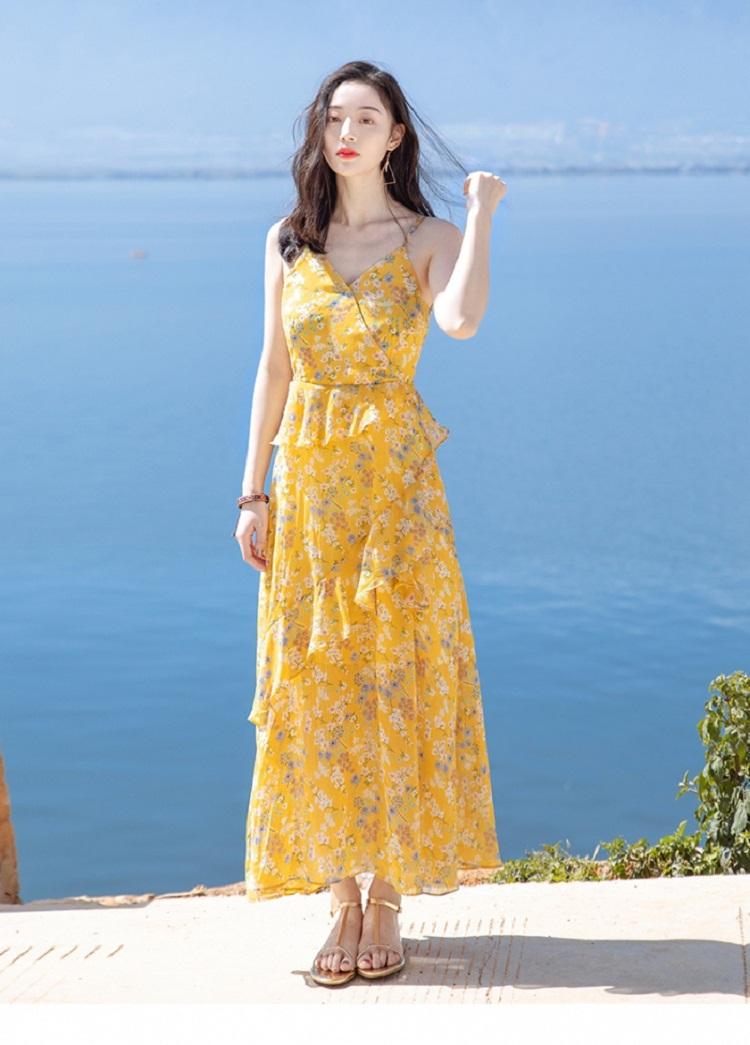 Váy maxi đi biển màu vàng hoa nhí
